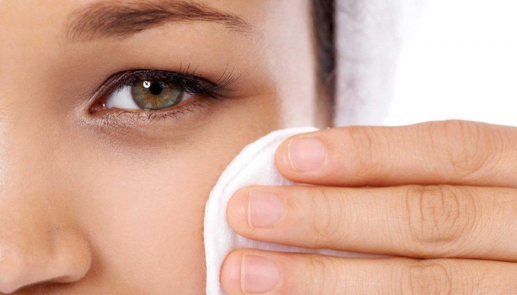 02-worst-advice-dermatologists-makeup-on