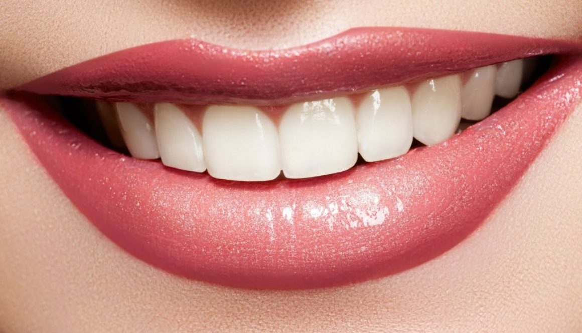 White-Smile-lips